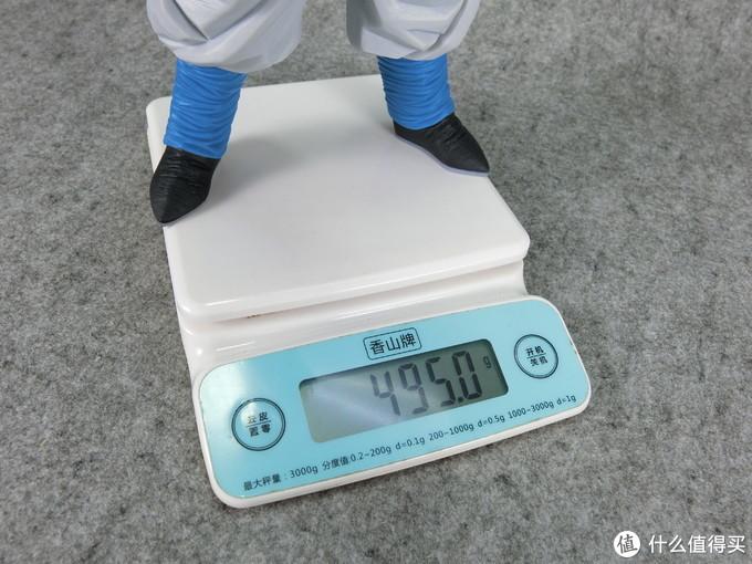 虽然实物有30厘米左右,重量却只有495g,万恶的空心腿!