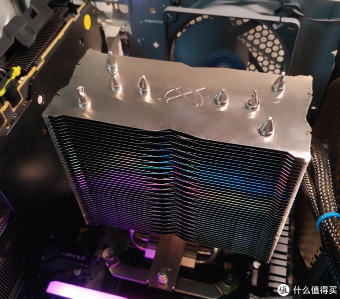 换了4个风冷散热器才明白CPU温度降一度有多难