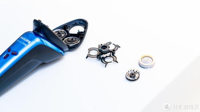 飞利浦 S2303 电动剃须刀体验:不到200元的干湿两用、高效剃须