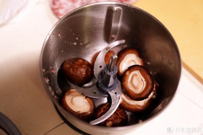 厨房高颜值全能小帮手——摩飞套娃搅拌机详细评测,附送波隆那肉酱意面简易菜谱