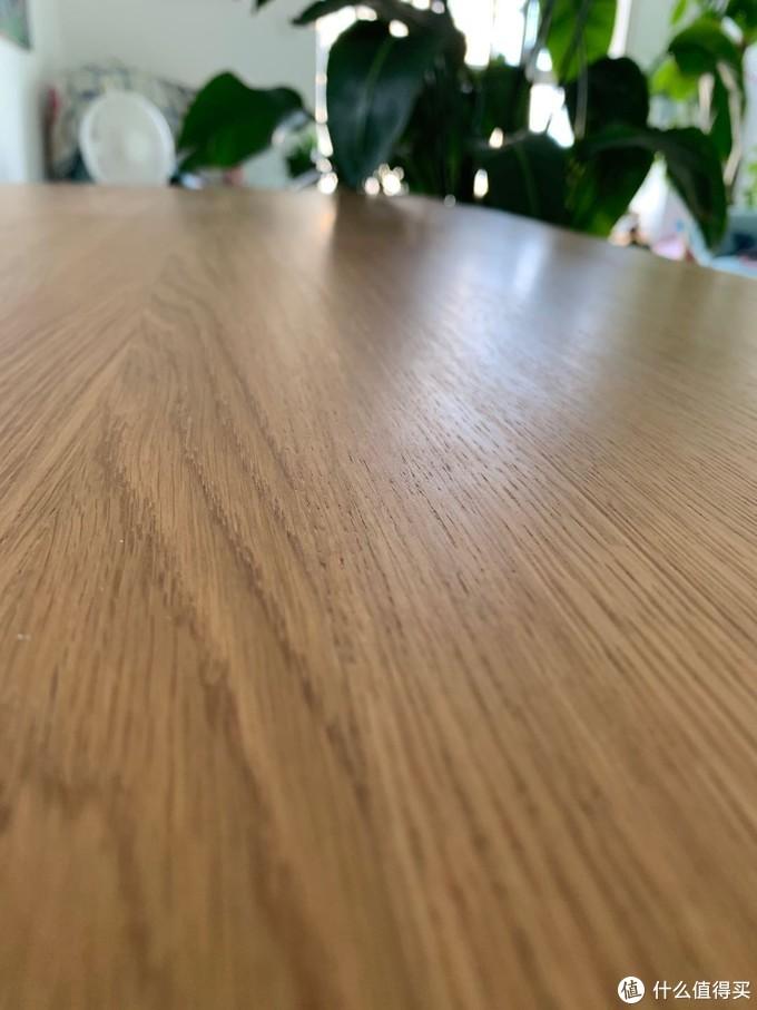 知识点:木纹越明显,纹理越清晰的橡木,越是高等级好材料