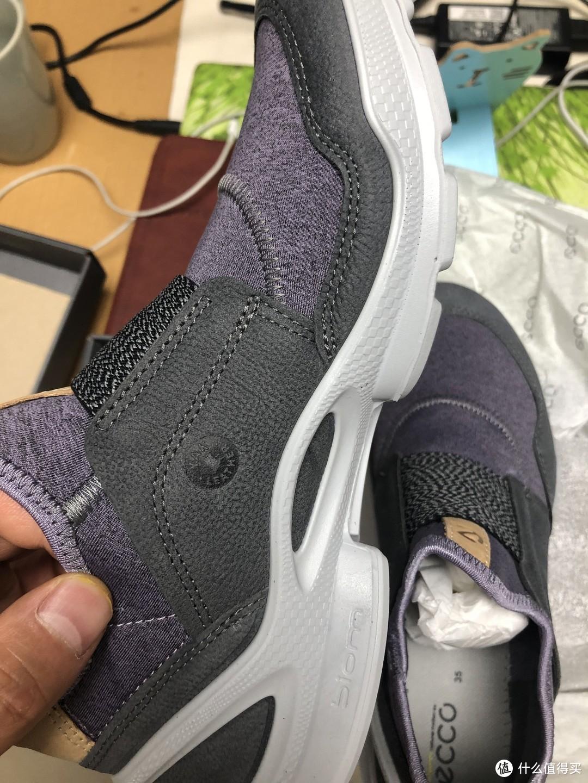 送给小妹的生日礼物——女款爱步健步841843运动鞋