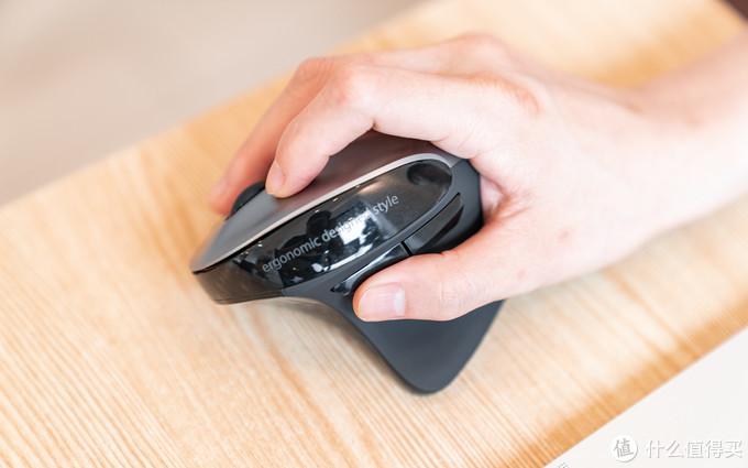 SANWA立式垂直无线鼠标体验:后悔没早用的人体工学,助你远离鼠标手