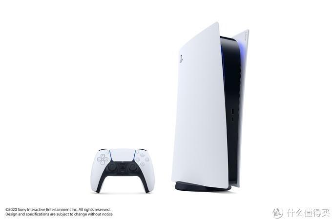索尼PS5真机图首曝光:实物比Xbox X大不少!