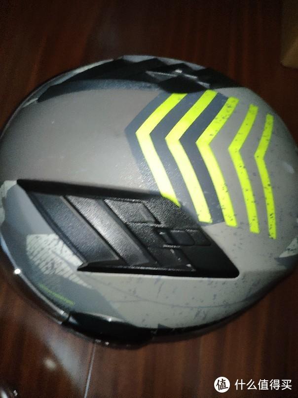 哪家头盔值得买?永恒、LS2、BEON三家对比测试