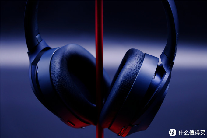 震撼影音畅享宁静--Razer Opus雷蛇寂星鲨头戴式主动降噪耳机