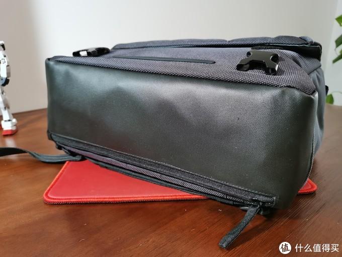 人要背得舒服,相机也要待得舒服——曼富图MN-M-SD-10曼哈顿系列单肩相机包