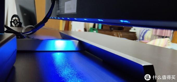 外观流光溢彩,显示效果惊人:飞利浦 猛腾电竞光效显示器275M1RZ体验报告