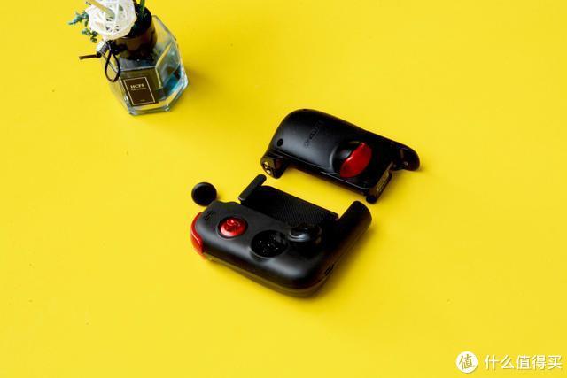 创新组合式设计、按键手感全面升级——北通G2游戏手柄测评