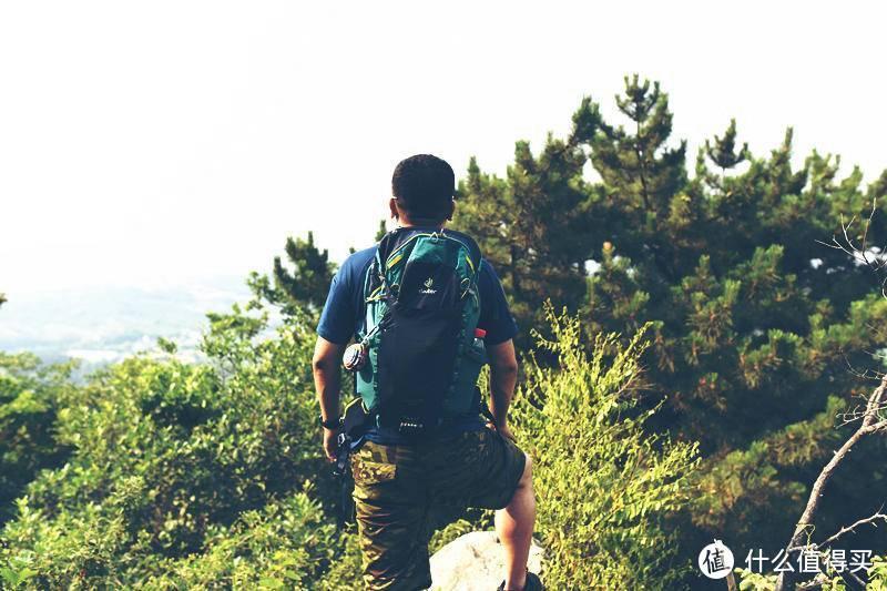 一日游的绝佳伙伴--多特SPEED LITE速特24L登山包