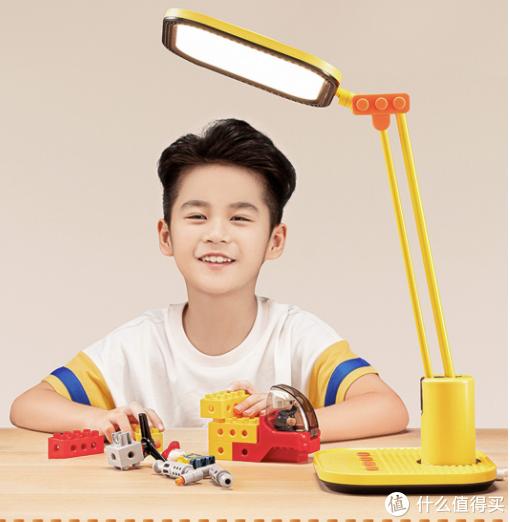 小米有品上架美的高显色台灯:七档滑动调光,保护孩子视力