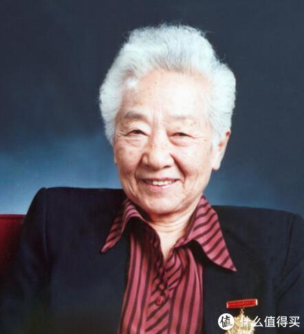 著名电影表演艺术家于蓝去世,享年99岁,曾出演《烈火中永生》中的江姐,培养出儿子田壮壮导演