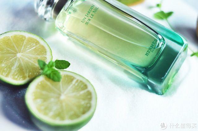 盛夏拒绝油腻,这些香水让你清新起来!