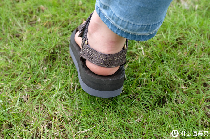 Teva太哇 midform编织潮流 女款凉鞋 到手体验