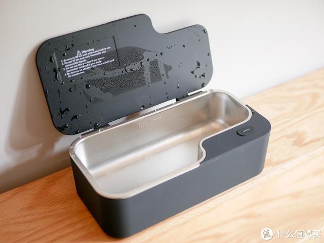 还在为洗眼镜而烦恼?超声波清洗机帮你轻松去污,小物件也可搞定