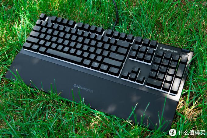 静音薄膜也高端?赛睿APEX 3键盘测试