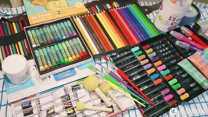 儿子的绘画工具大合集