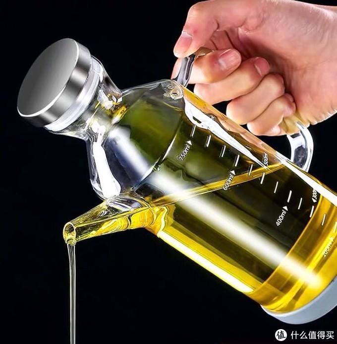 推挤两个油壶 对比几款油壶