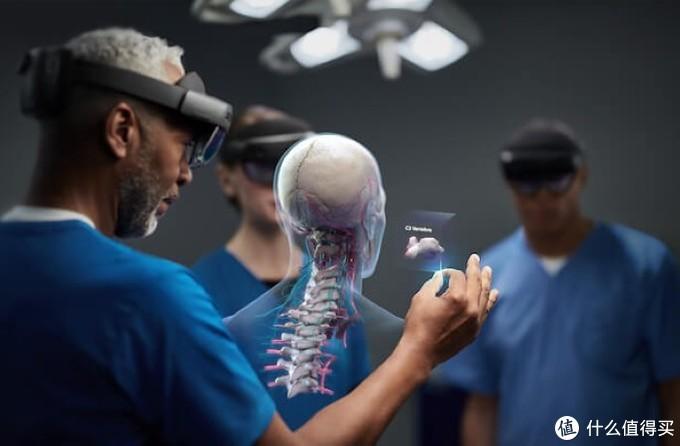 先进混合现实技术更快实现价值:微软Microsoft HoloLens 2上架开售
