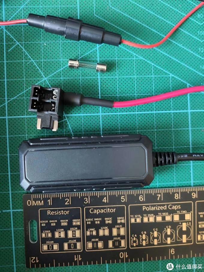 13块钱的追随者/爱车安 GS05 GPS定位仪什么水平?深度评测!附定位器终极改装教程