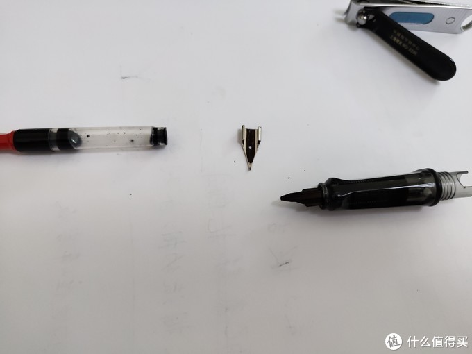 超细致的钢笔清理指南,解决堵笔、换墨烦恼