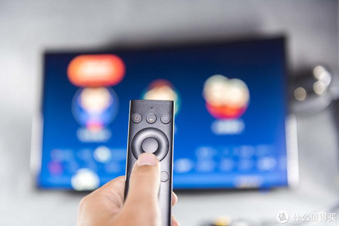 300元就能改造*级智能电视,保5年流畅,体验腾讯极光盒子2s