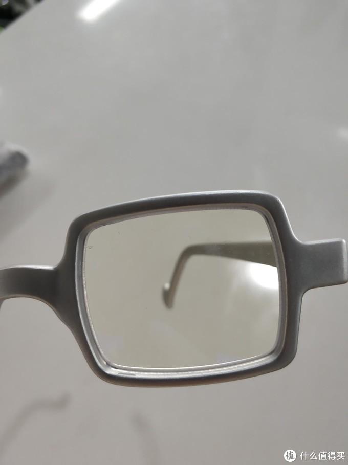 爆款防蓝光眼镜aptica首选