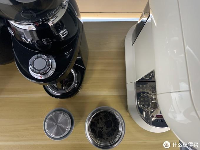 如何打造简单而精致的办公室咖啡小角?桌面柜上的这几台咖啡机竟然成了最大的亮点