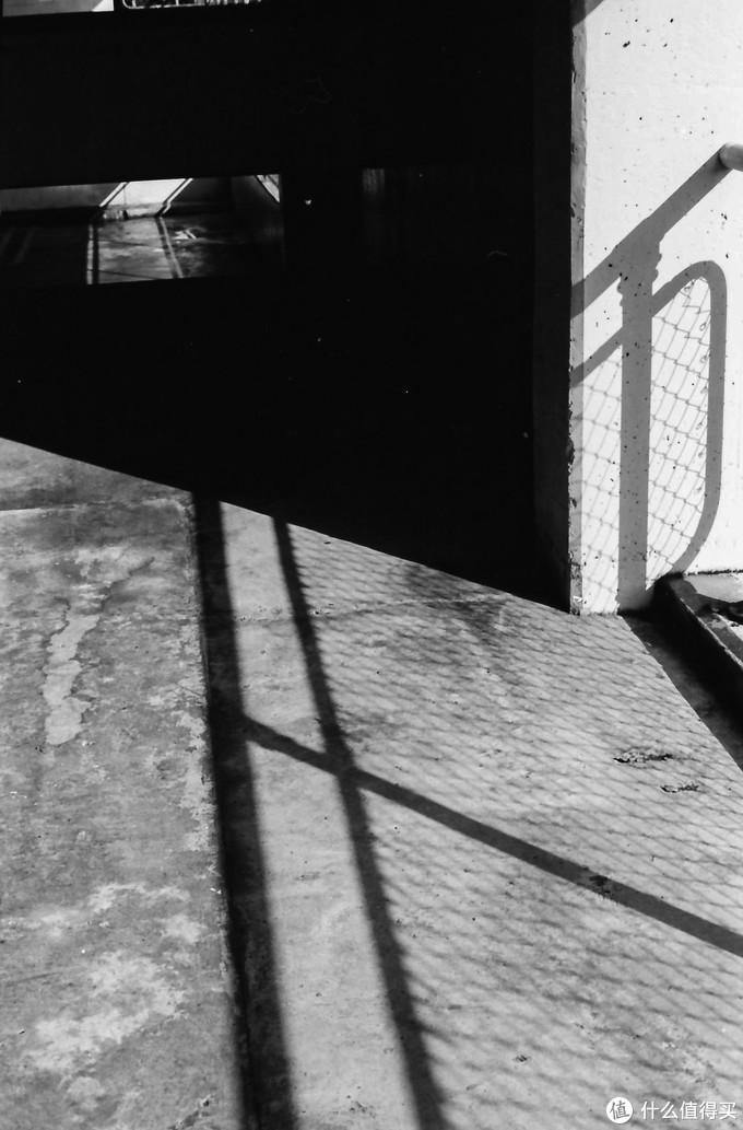 昨日赞歌:佳能最后一代135旁轴胶片相机 Canon 7