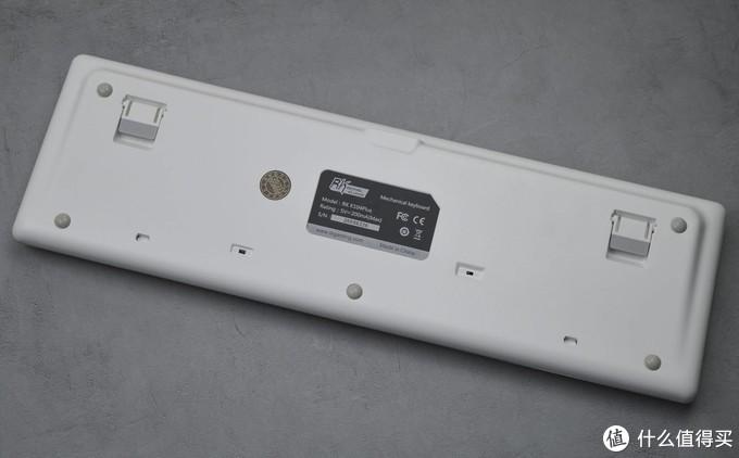 售价299的三模机械键盘体验如何:RK K104plus开箱