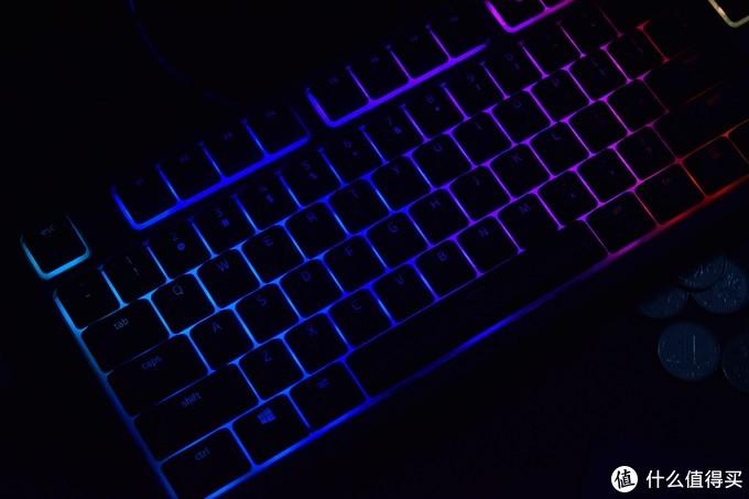 从机械键盘回到薄膜键盘?Razer雷蛇ORNATA开箱点评