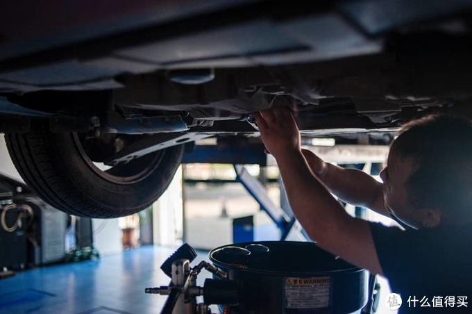 汽车发动机守护神——壳牌超凡喜力天然气全合成润滑油