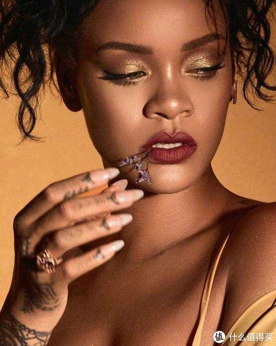 身价30亿美元的「流行天后」蕾哈娜,其FENTY BEAUTY品牌推出护肤线