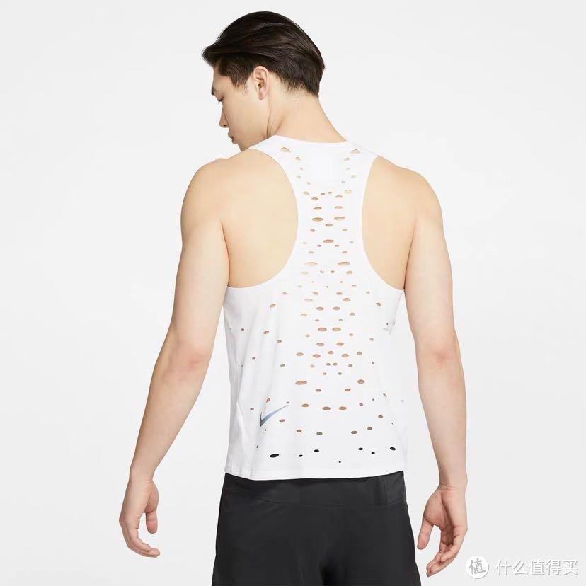 超大孔洞,超级干爽,Nike Tech Pack跑步背心体验感受