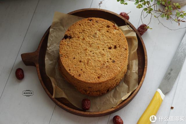 不用发酵不揉面,最简单的红枣糕,蓬松暄软又清甜,女人要多吃