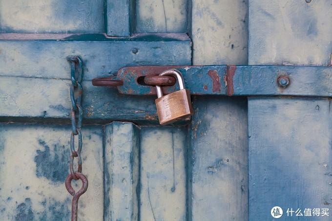 智能指纹锁选购不发慌,核心要素要认准,从此出门不用带钥匙