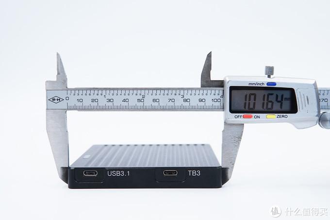 旧硬盘的正确打开方式,阿卡西斯雷电3硬盘盒评测(FA-TB36)