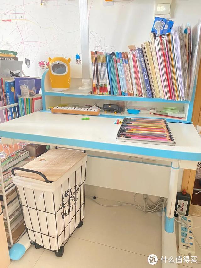 儿童学习书桌有必要购买吗?老母亲为什么给儿子买,又给自己买?