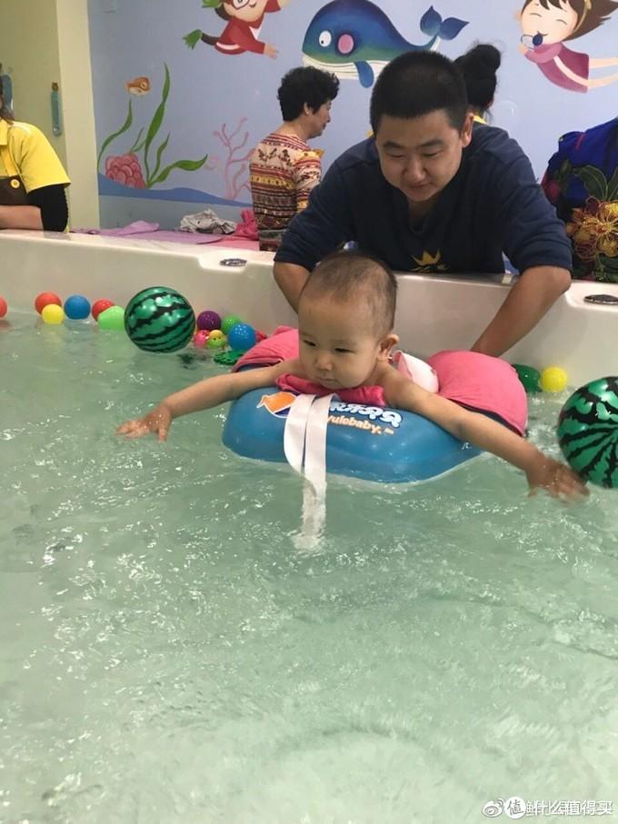 万字整理,儿童游泳之家长必读篇:小知识+自用产品推荐,从婴儿期开始亲水
