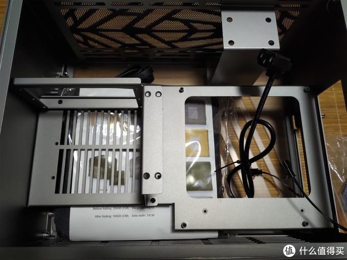 """开箱一个""""不知名""""的ITX机箱"""