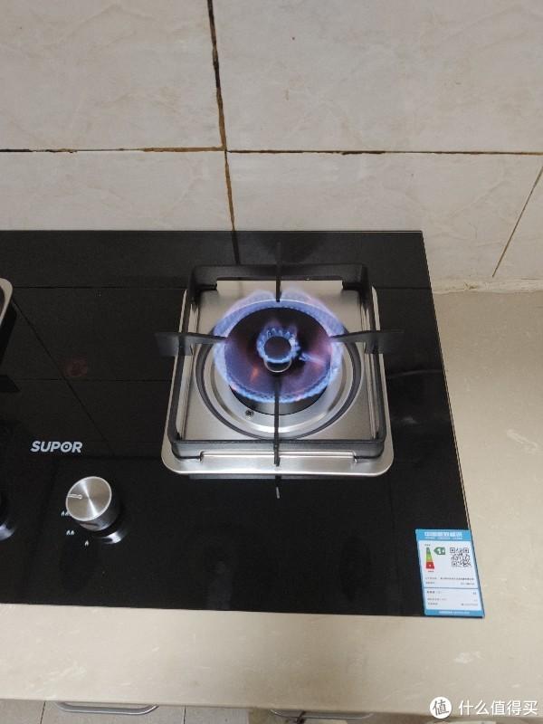 家用燃气灶开箱安装体验