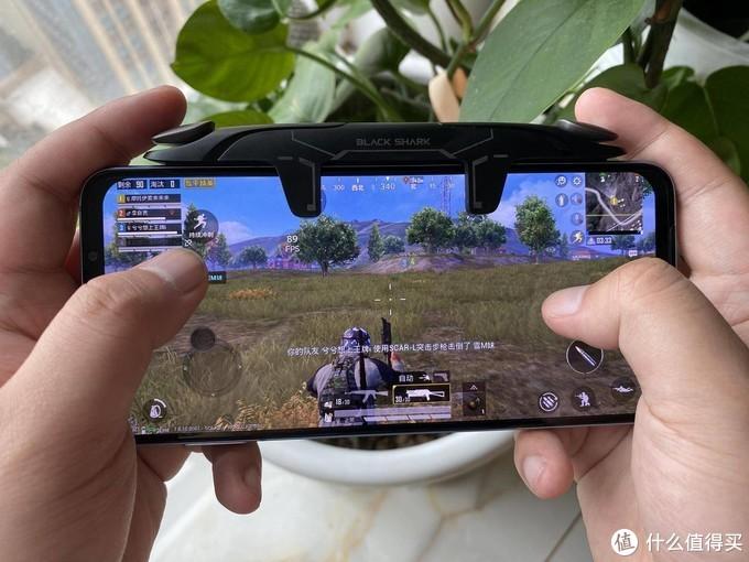 腾讯黑鲨游戏手机3S评测:性能配置超时代,没有它不能驾驭的手游