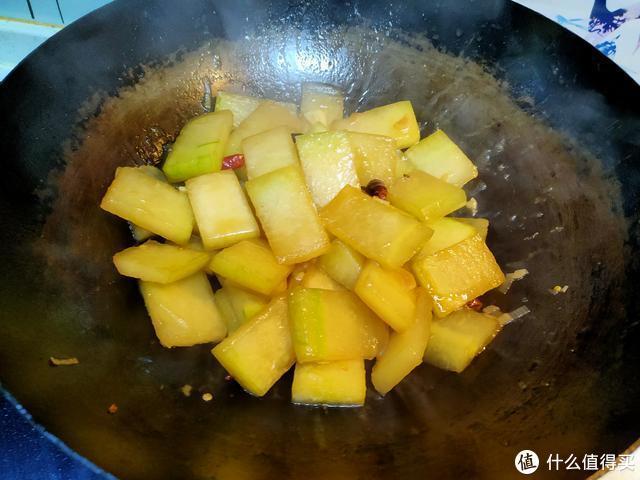 夏天最好的瓜,脂肪含量0.1%,水分含量90%,减肥期间最该吃
