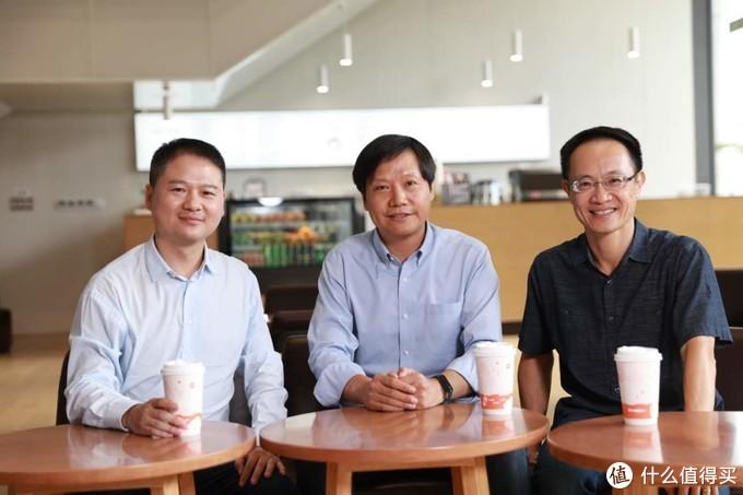 最新!前中兴终端 CEO 加盟小米,卢伟冰赠送自研神机