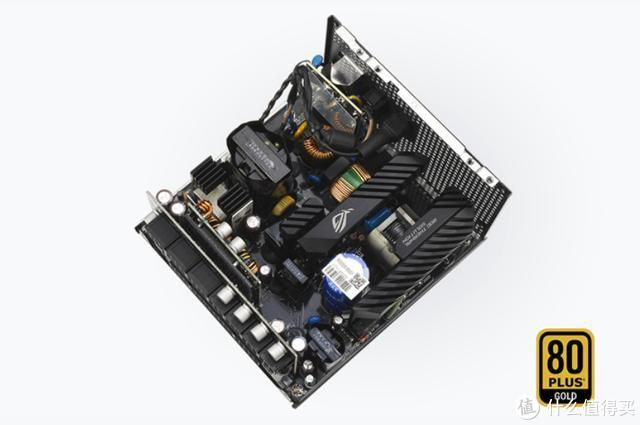吹雪套装必备:ROG STRIX 雪鹰850W白色金牌全模电源开箱