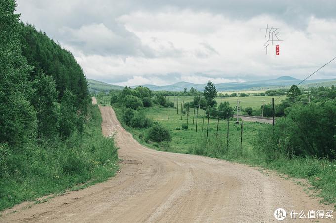 有起伏的道路不会积水,坑会小一些