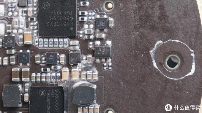 拆解报告:BEATS SOLO PRO头戴式蓝牙降噪耳机