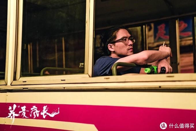 """导演徐展雄:""""荞麦疯长""""是我的青春,也是所有人的故事。"""