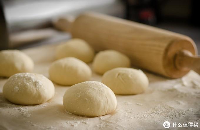 烘焙入门课,做面包你选对面粉了吗?蒸烤箱如何能做出好面包?