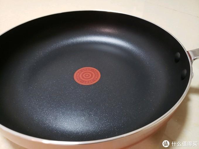 不下厨房的人为老婆买的两款平底锅